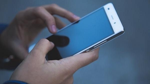 Cómo recuperar un contacto eliminado en su dispositivo móvil Android