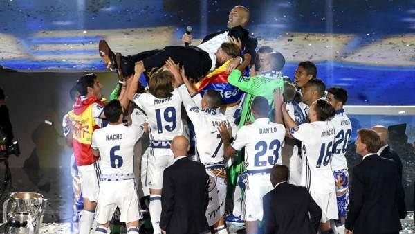 Zinedine Zidane, éxito rotundo en el banquillo del Real Madrid: 9 títulos en poco más de dos años