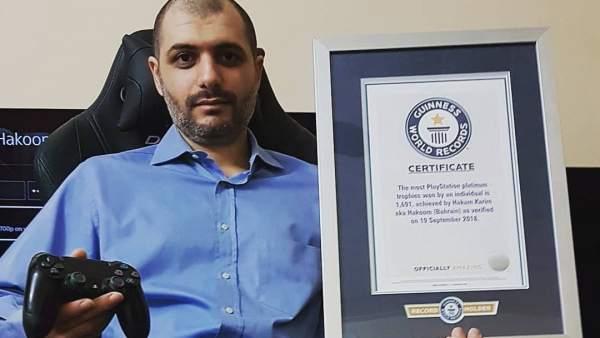 El jugador con el récord Guinness en PlayStation es un incansable cazador de trofeos de platino