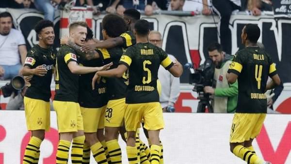 Bundesliga: otro gol de Alcácer y un regreso al triunfo del Bayern